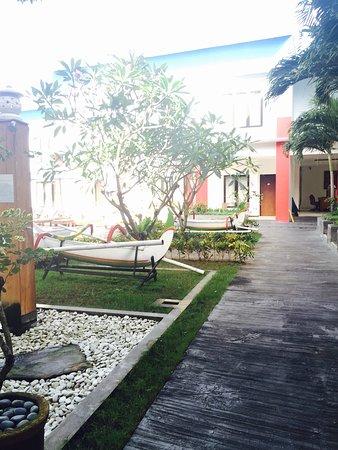 Ozz Hotel Kuta: photo1.jpg