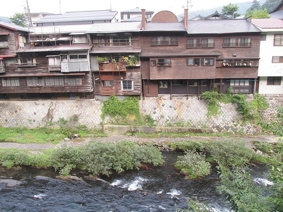 Kiso-machi, اليابان: 2016.08木曽川支流対岸より