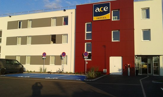 Ace hotel troyes saint andre les vergers france voir for Hotels troyes