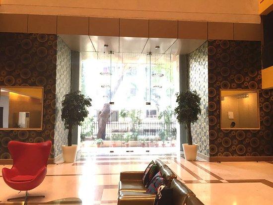 Landmark Suites: Bollywood Design Hotel Entrance