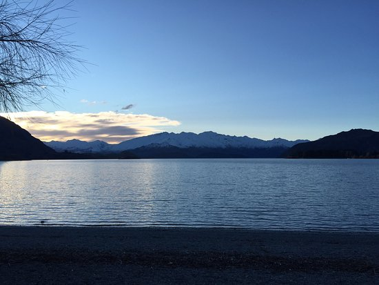 Lake Wanaka: photo0.jpg