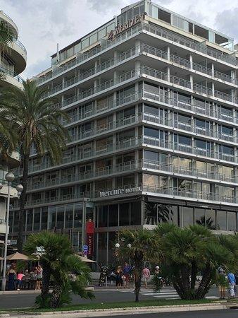 Mercure Nice Promenade des Anglais Photo