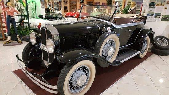 Malta Classic Car Collection Museum: 20160803_102527_large.jpg