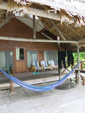 Uepi, Wyspy Salomona: front veranda