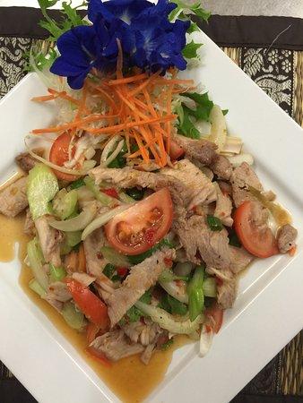 Stratford, Australia: Pork salad ( yum moo yang )