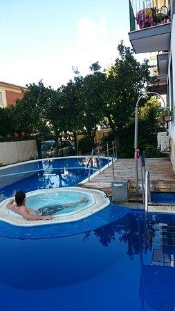Hotel La Pergola: DSC_0037_1_large.jpg