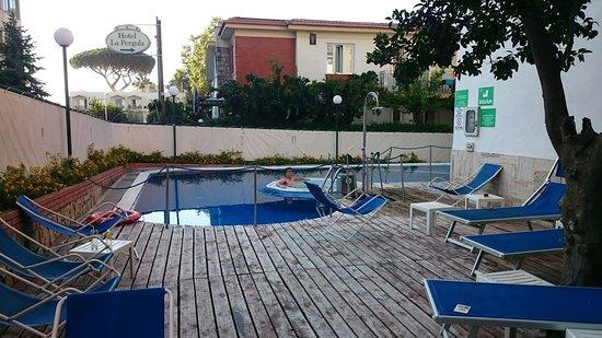 Hotel La Pergola: DSC_0038_1_large.jpg