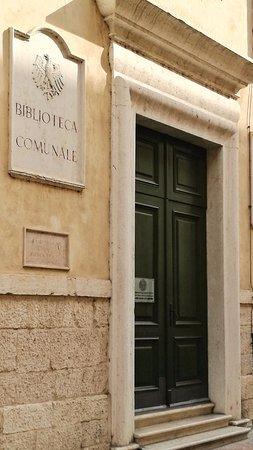 Biblioteca Comunale di Trento