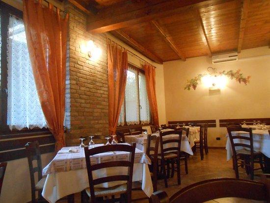 Godiasco, Italien: La Monella