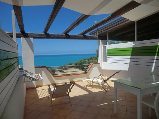 Camera VERDE - Terrazza vista mare - Picture of Bed and Breakfast ...