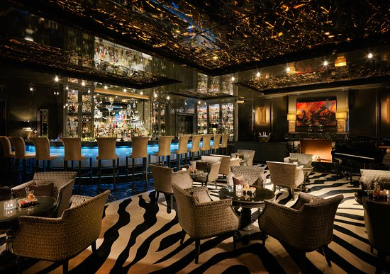 capella bar cigar lounge dusseldorf restaurant. Black Bedroom Furniture Sets. Home Design Ideas