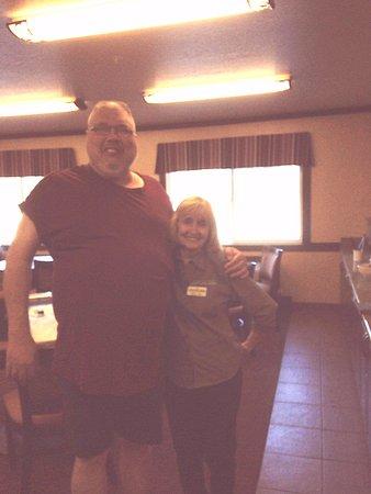 Yellowstone West Gate Hotel: MaryLou , a One woman wonder