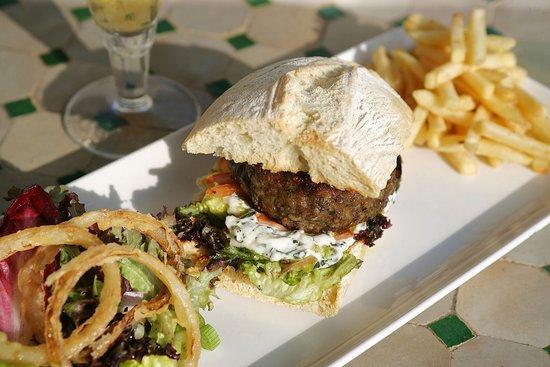 Wingrove House: One posh burger please