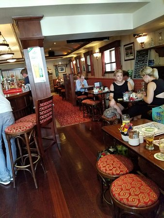 Mary O Connells Bar: 20160815_133026_large.jpg