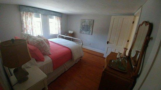 Bourne, MA: Gray Gables room