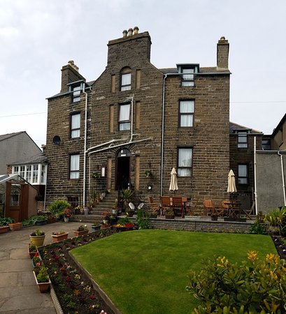 The NetherCliffe Hotel