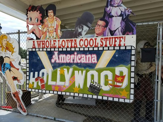 Americana Hollywood Museum