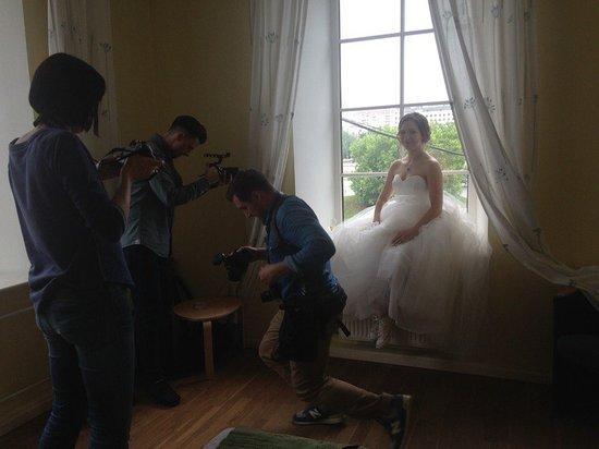 Katerina City Hotel: Попытка съемки утра невесты в люксе