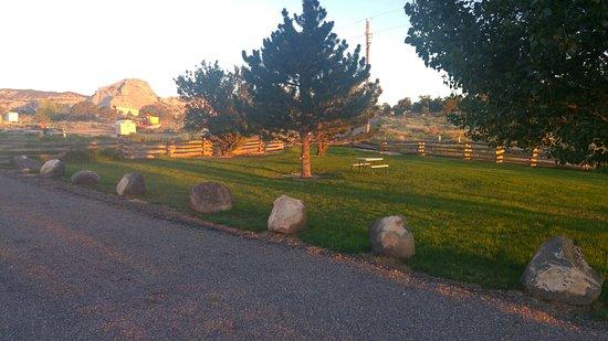 Teasdale, Γιούτα: 20160814_064950_HDR_large.jpg