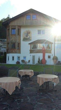 Hotel Garni Drachenburg: 20160813_183124_large.jpg