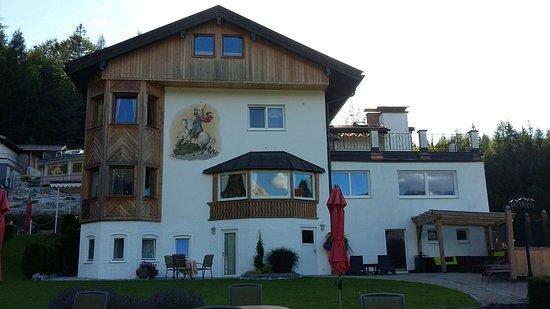 Hotel Garni Drachenburg: 20160813_183115_large.jpg