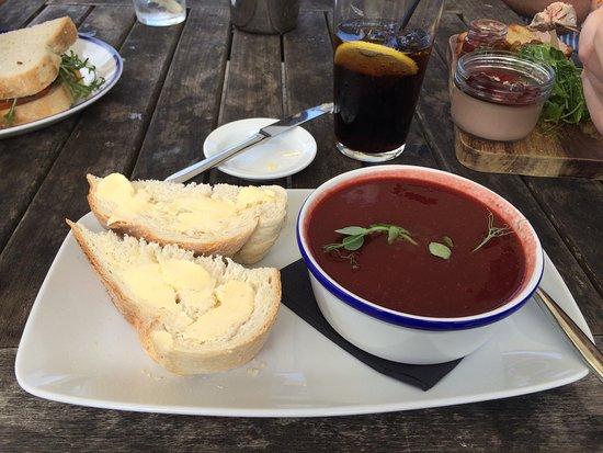 Restaurant at The New Inn: photo0.jpg