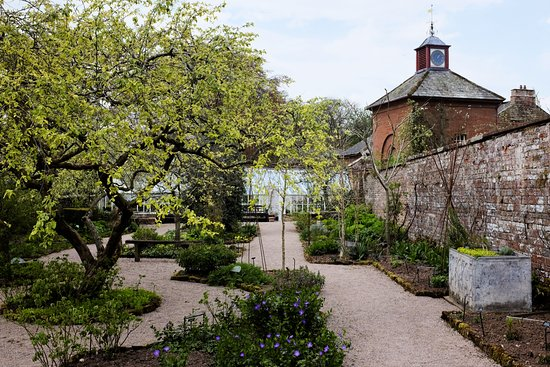 Temple Sowerby, UK: Walled garden
