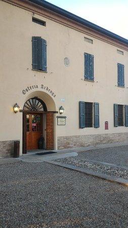 Soragna, İtalya: P_20160813_194225_large.jpg
