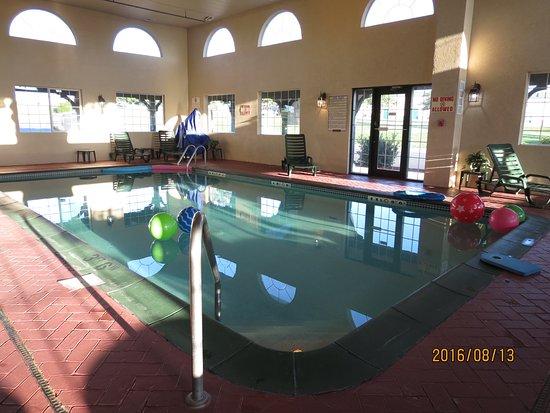 Comfort Inn Warrensburg Station : Hotel pool
