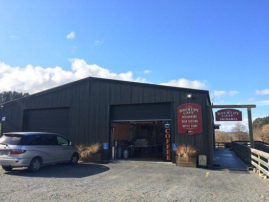 Valley Brewing Company: 素晴らしい地ビールを製造販売するショップに併設されたカフェ。79号沿いにあり、ロケーションが抜群。冬野菜のスープが美味しかった。