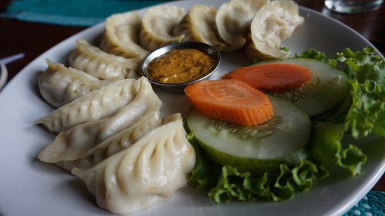 Hungry Eye Restaurant & Bar : Mo Mo