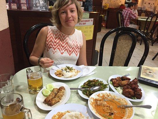 Nyonya Makko Restaurant : Our Truely Nyonya Dinner