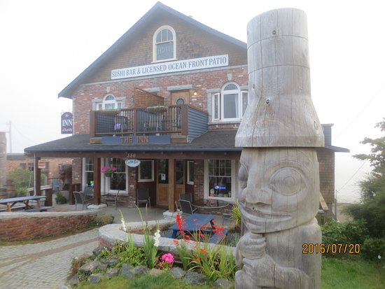 The Inn at Tough City: totem pole
