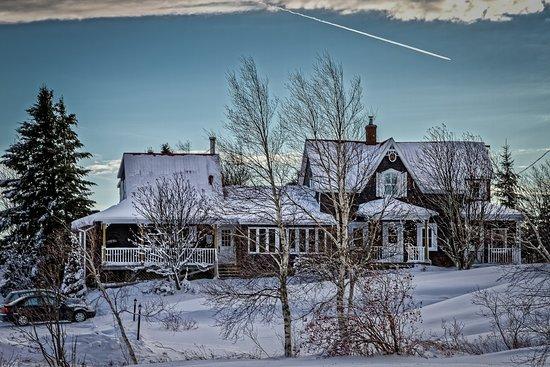 Aux Berges de l'Aurore: Journée d'hiver