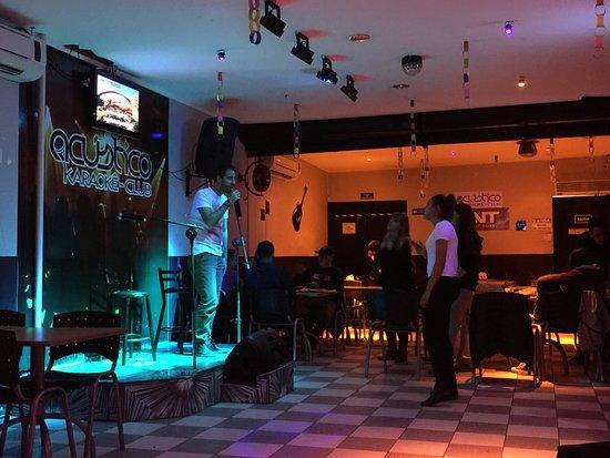 Acústico Karaokê Club