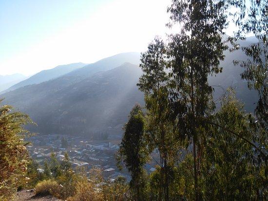 Chavin de Huantar, Perù: Vista desde arriba, al amanecer.