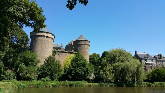 lassay les chateaux mayenne france top tips before you. Black Bedroom Furniture Sets. Home Design Ideas