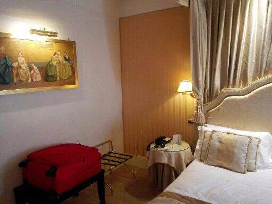 Hotel a La Commedia: Parte del cuarto del matrimonio