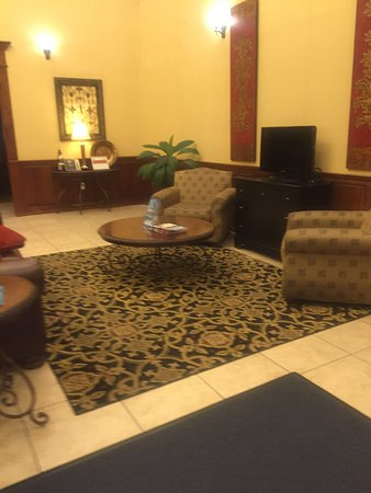 Holiday Inn Express Hotel & Suites Clarksville: photo0.jpg