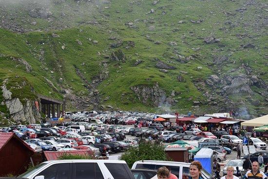 Balea Glacier Lake: Parking at the lake: a MASSIVE problem. Don't go there!!