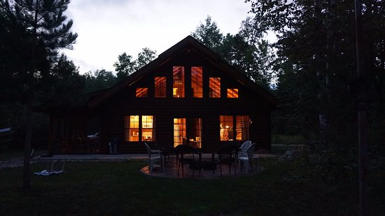 Bigfork, MN: Tamarack cabin at night