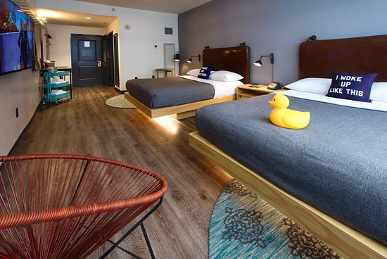 Moxy New Orleans Downtown French Quarter Area Double Room With Rubber