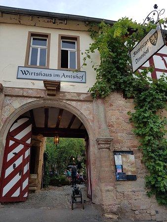 Bad Munster am Stein-Ebernburg, ألمانيا: Außenansicht Eingang