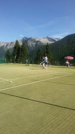Centro sportivo: Campi da tennis meravigliosi