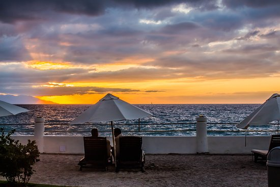Plaza Pelicanos Grand Beach Resort: Atardecer
