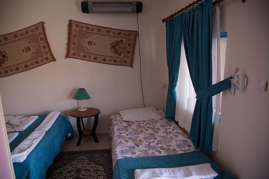 Cappa Cave Hostel: family room