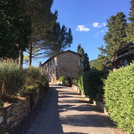 Borgo Il Poggiaccio: photo1.jpg