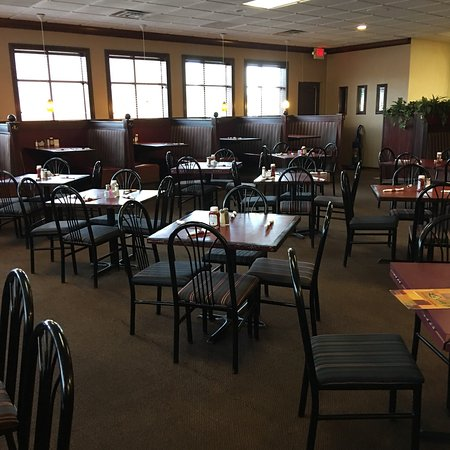 Wixom, MI: This is an above average restaurant for family dining. The pictures show the signage, and some i