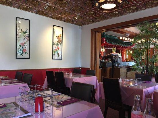 Reinach, Suisse : Restaurant innen
