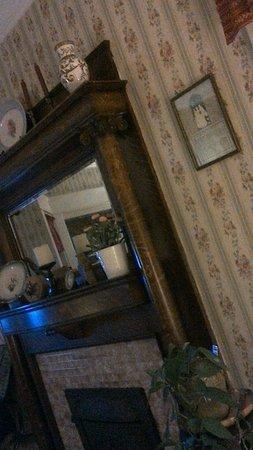 Strasburg, Огайо: Zoar Room